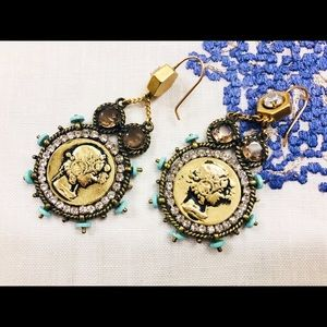 Gold coin ear rings